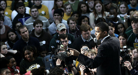 Obama_at_george_mason_rally