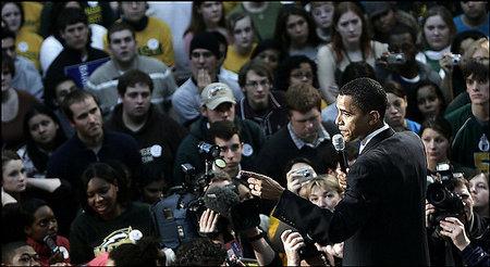 Obama_at_george_mason_rally